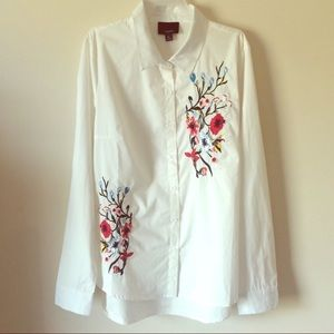 New Lumiere Embroidered Button Down Shirt Size M